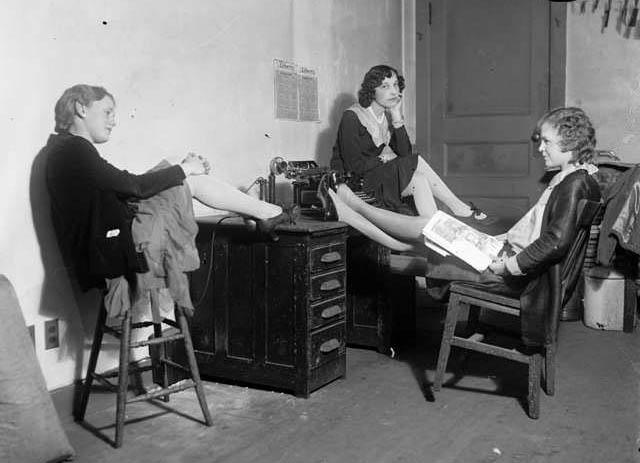 DPL_Three_Women_at_desk_c._1920-30-35_00186828